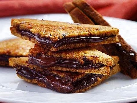 Chocolade pindkaas sandwich