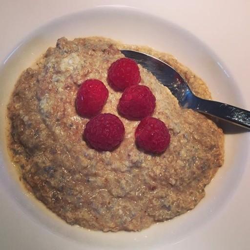 Quinoa pap met eiwitpoeder